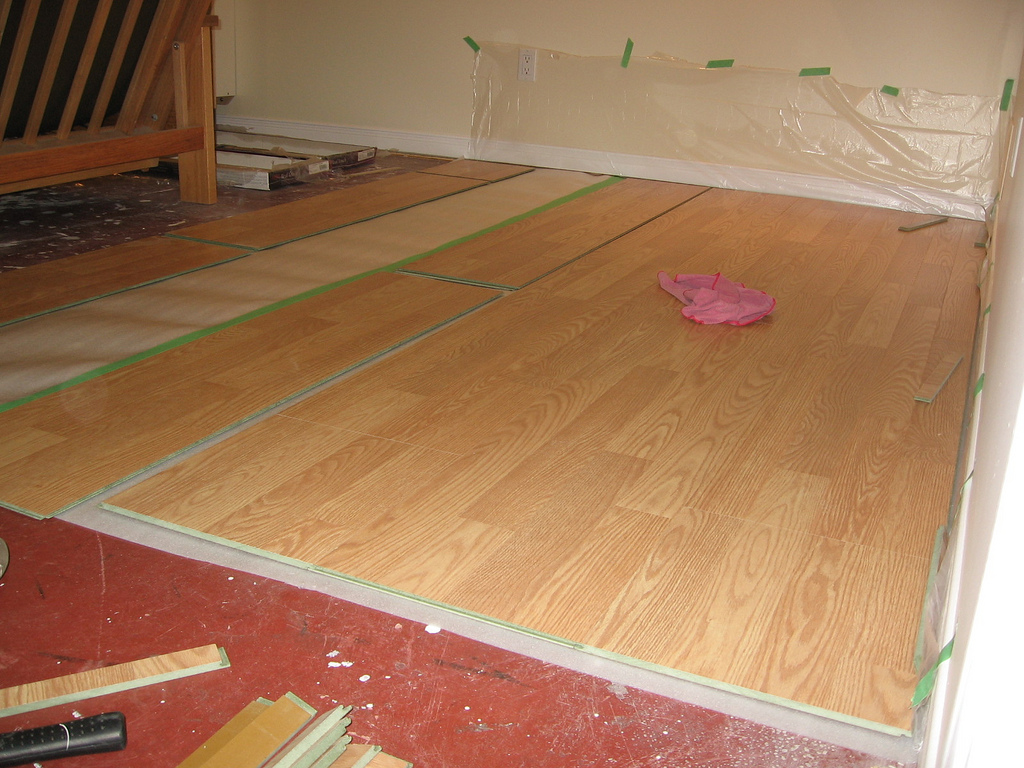 10 Tips For Laying Laminate Flooring Over Linoleum Zoomtens
